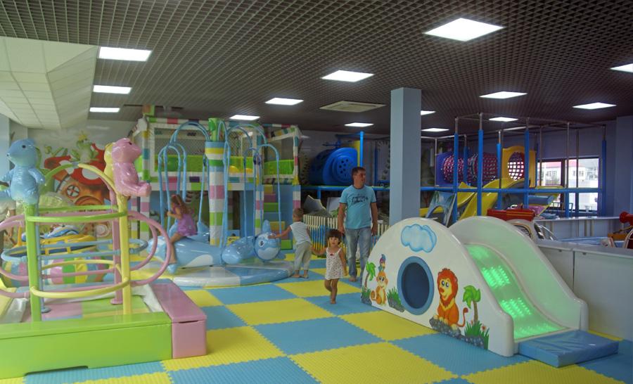 не большой детский развлекательный центр открыть испарять поверхности одежды